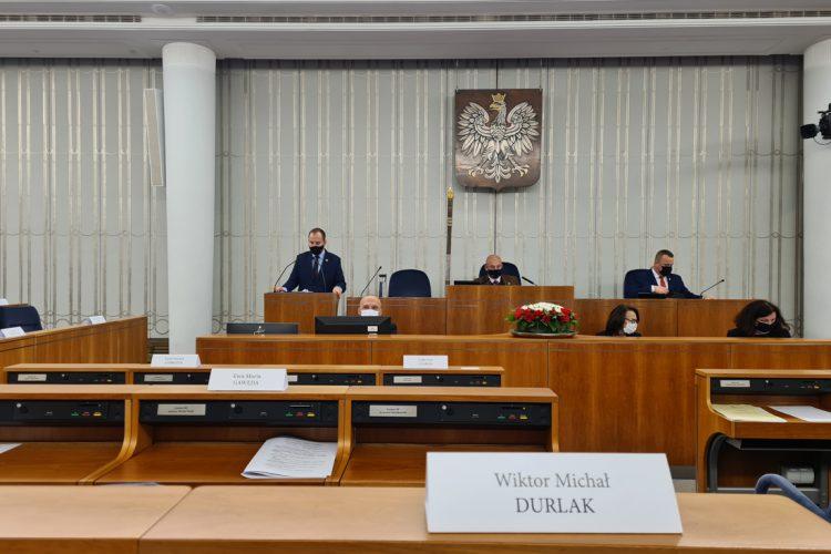 Posiedzenie 22. Wystąpienie Senatora Wiktora Durlaka ws. Punkt 9. porządku obrad: ustawa o zmianie ustawy – Prawo o ruchu drogowym oraz niektórych innych ustaw