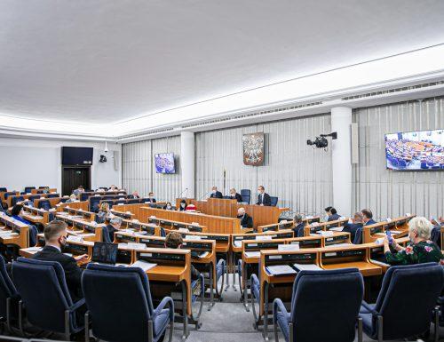 senat1 (1)