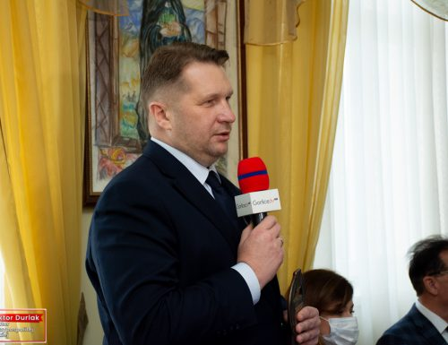 Minister Edukacji i Nauki Przemysław Czarnek odwiedził gminę Lipinki